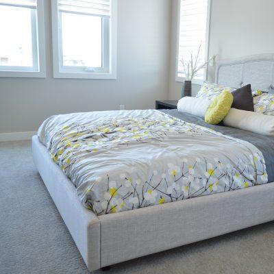 Les éléments indispensables dans une chambre à coucher